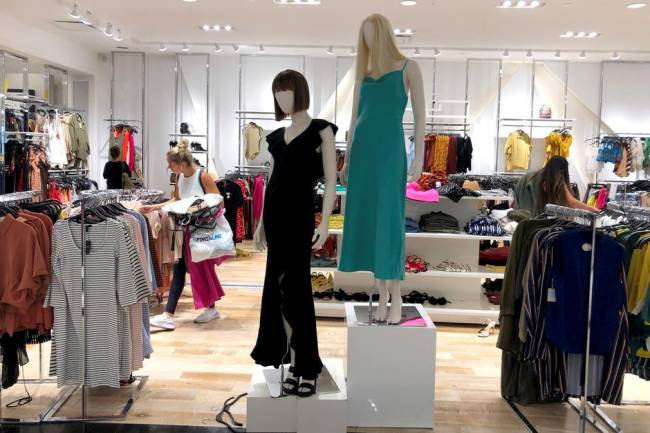 Top 7 Best Stores for Teens Fashion