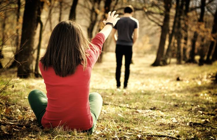Fear of Ending a Relationship : All That You Need to Know